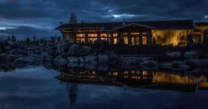 kinikinik Lodge & Restaurant